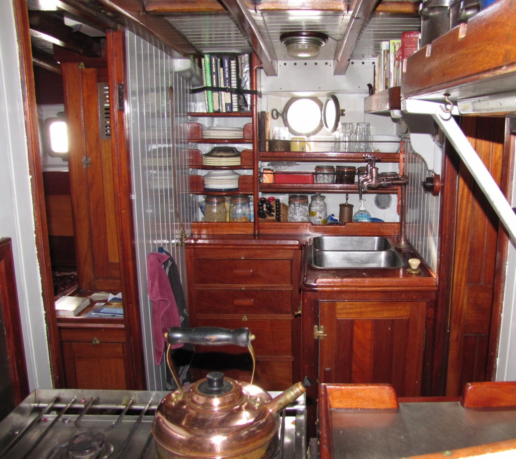 Galley (starboard)